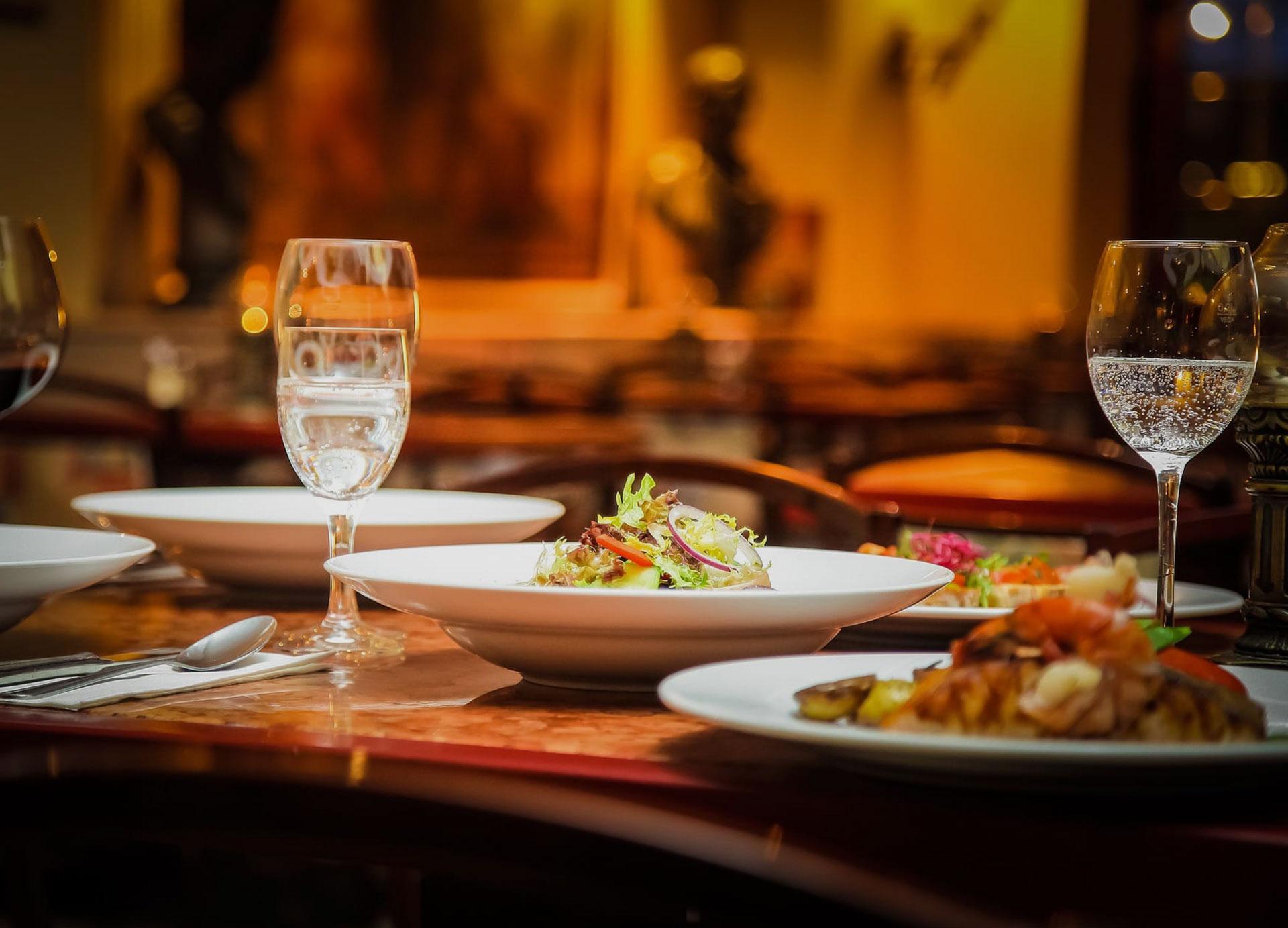 Üdvözöljük a Petőfi étterem -és rendezvényterem weboldalán!